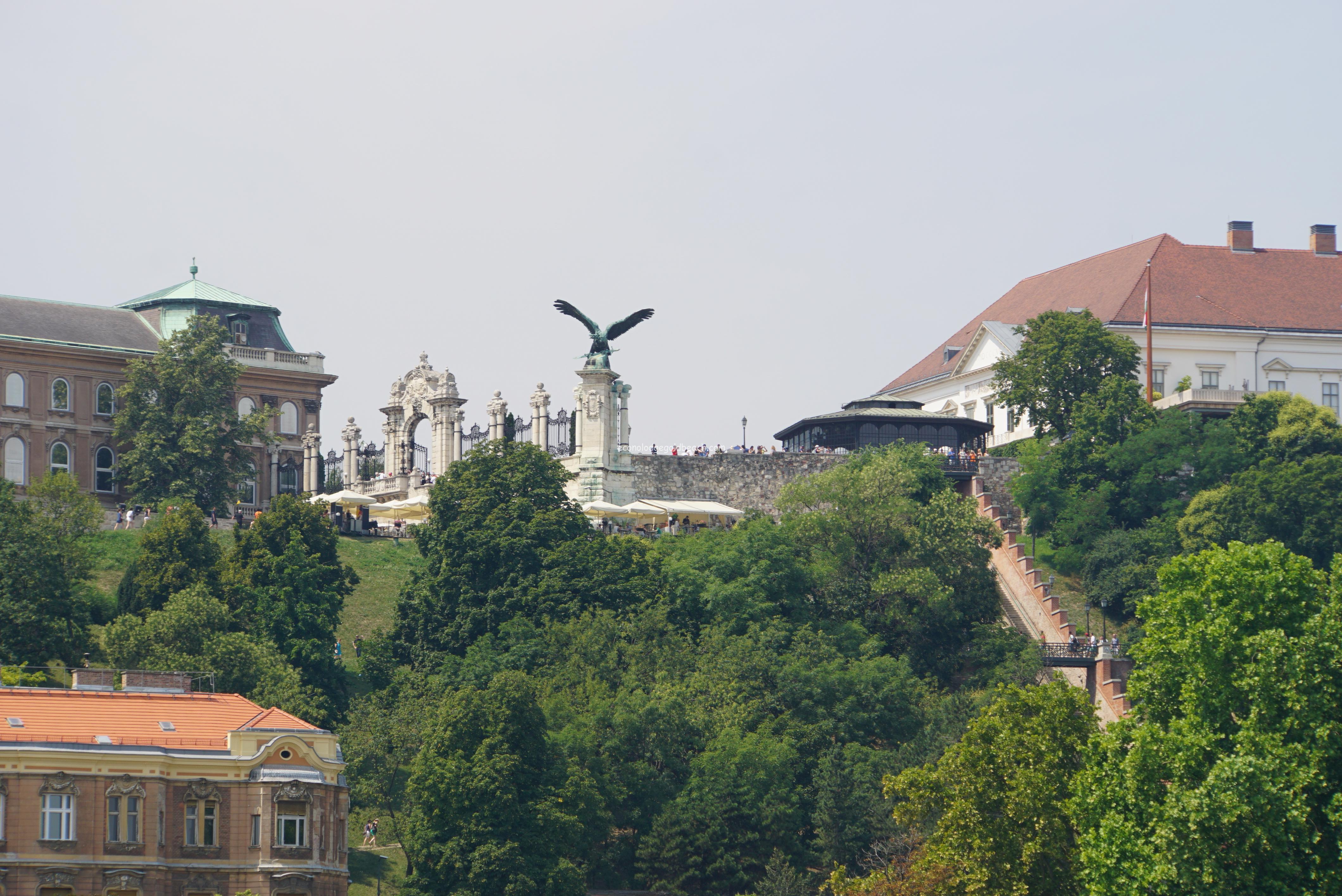 ブダペスト ドナウ川より4