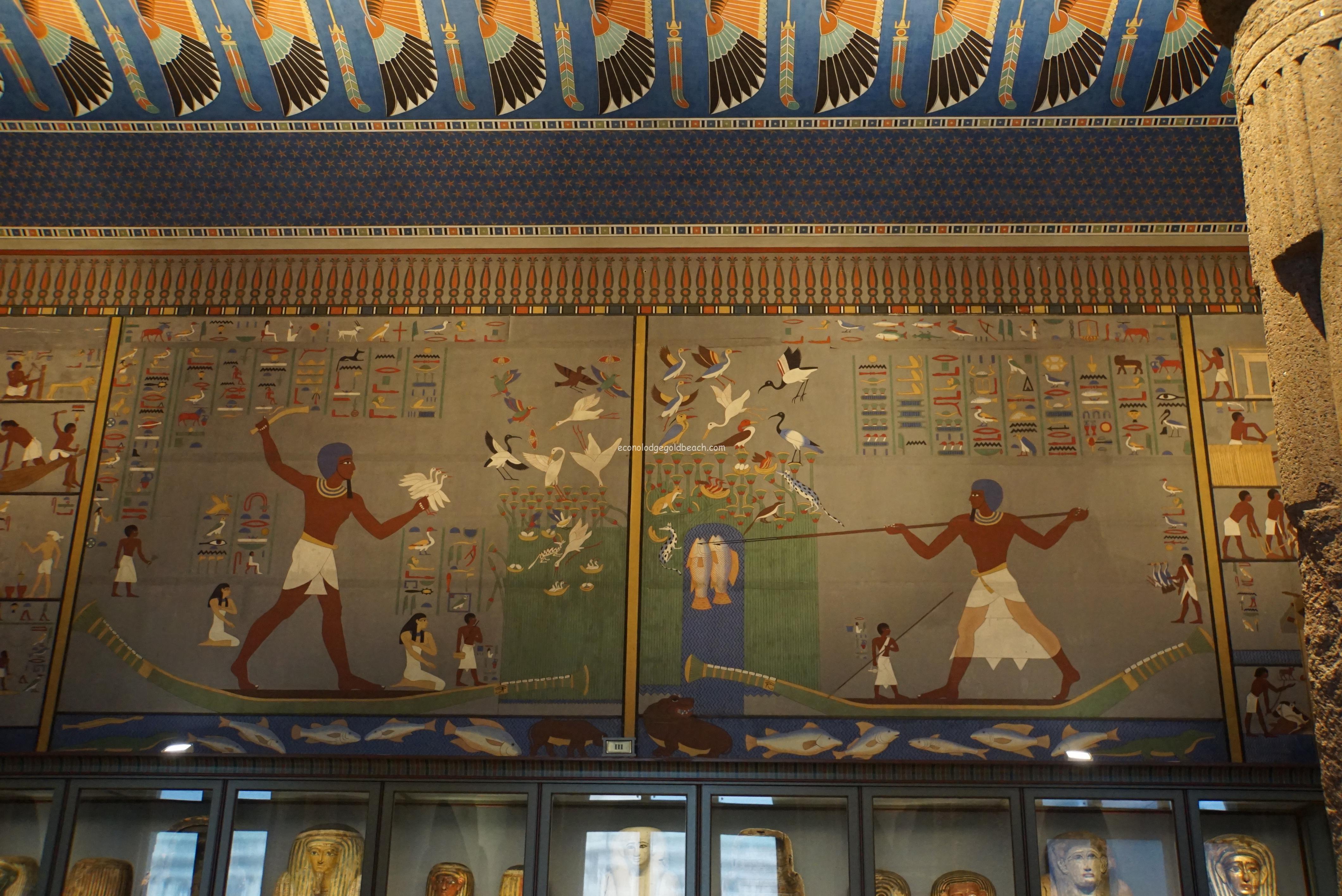 古代エジプト展の壁