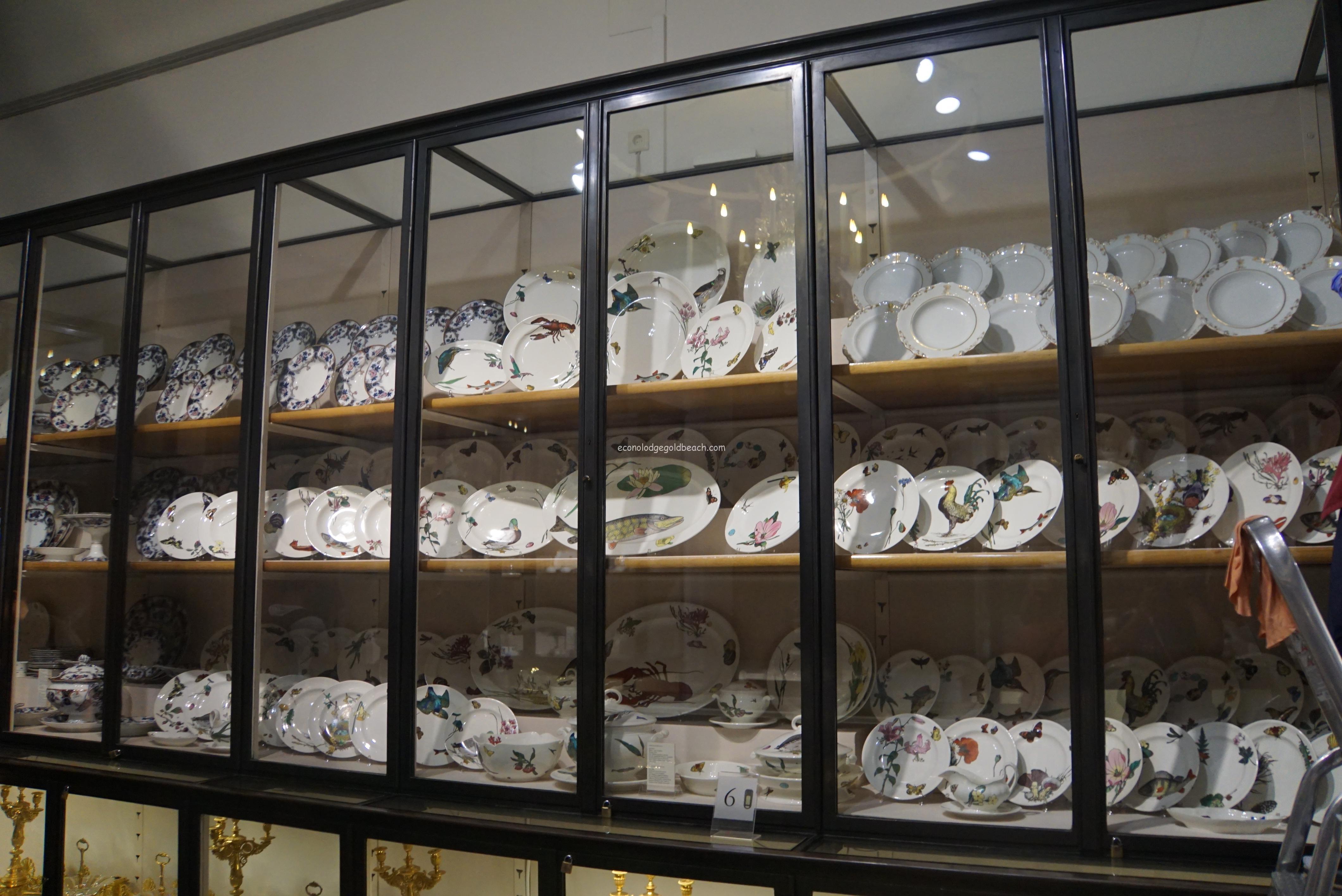 旧王宮 銀器博物館内1