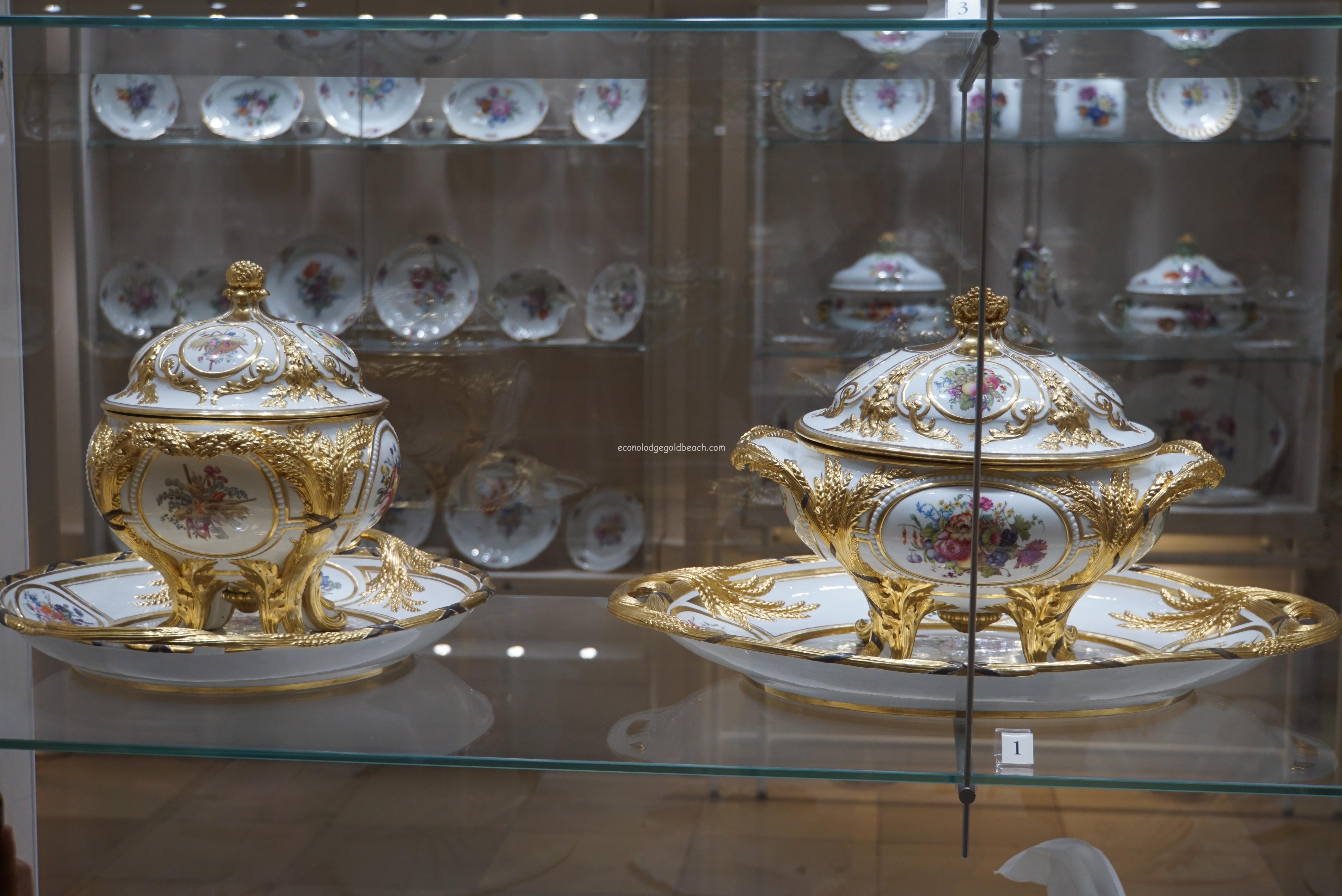 旧王宮 銀器博物館内6
