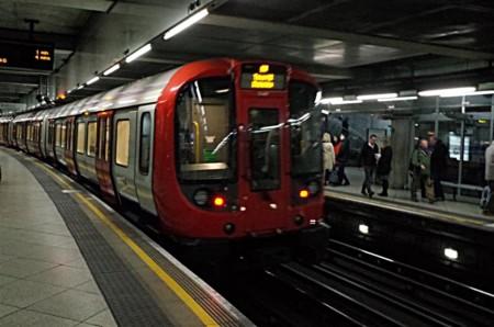 ロンドンメトロ1
