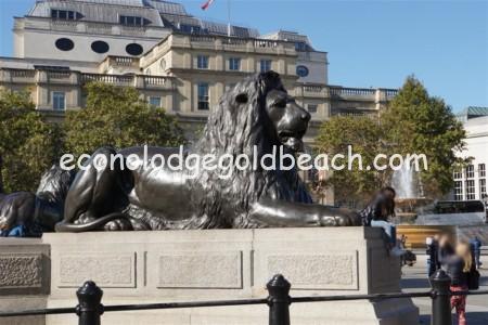 ライオン像2