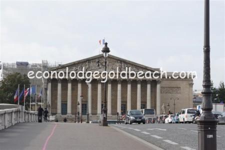ブルボン宮殿