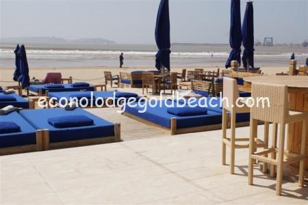 M beach4